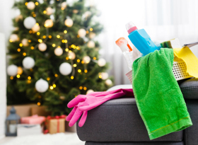 Как быстро убрать квартиру после новогодних праздников