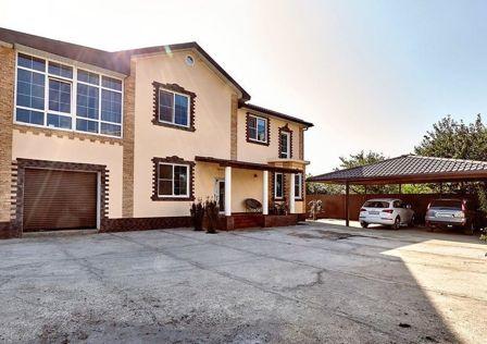 Продаётся 2-этажный дом, 281 м²