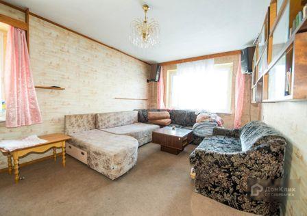 Продаётся 4-комнатная квартира, 70.6 м²