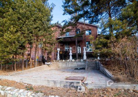 Продаётся 3-этажный дом, 269 м²