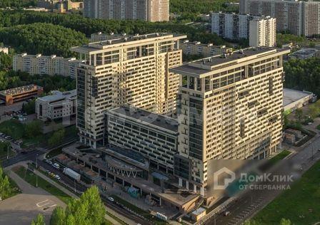 Продаётся 4-комнатная квартира, 148 м²