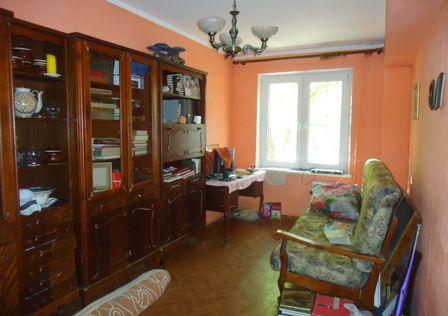 Продаётся 4-комнатная квартира, 75 м²
