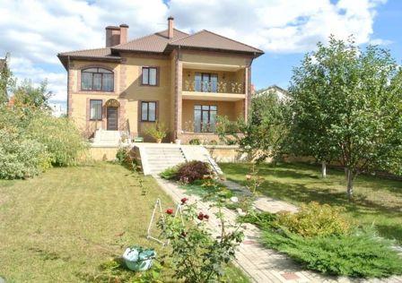 Продаётся 2-этажный дом, 307 м²