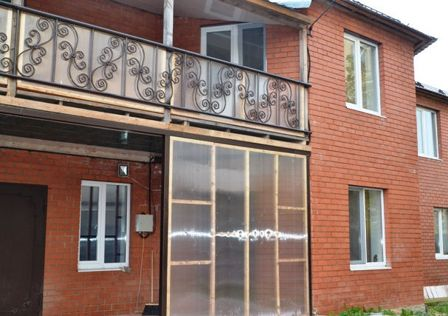 Продаётся 2-этажный дом, 260 м²