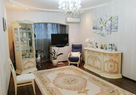 Продаётся 1-комнатная квартира, 50 м²
