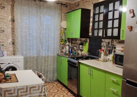 Продаётся 3-комнатная квартира, 52.1 м²