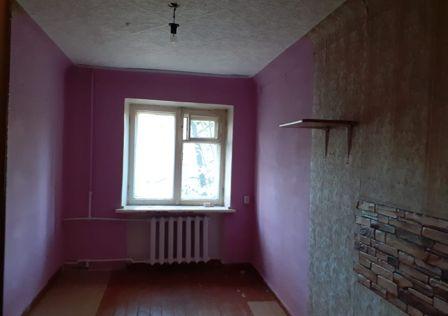 Продаётся комната в 4-комн. квартире