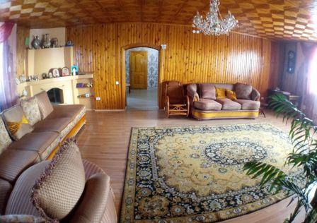 Продаётся 2-этажный дом, 306 м²