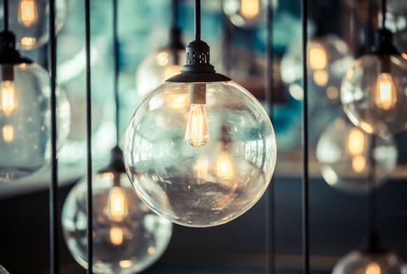 Свет в интерьере: 10 способов преобразить пространство