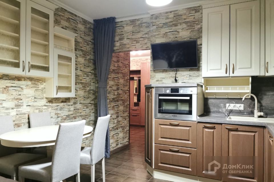 Продаётся 2-комнатная квартира, 66.8 м²