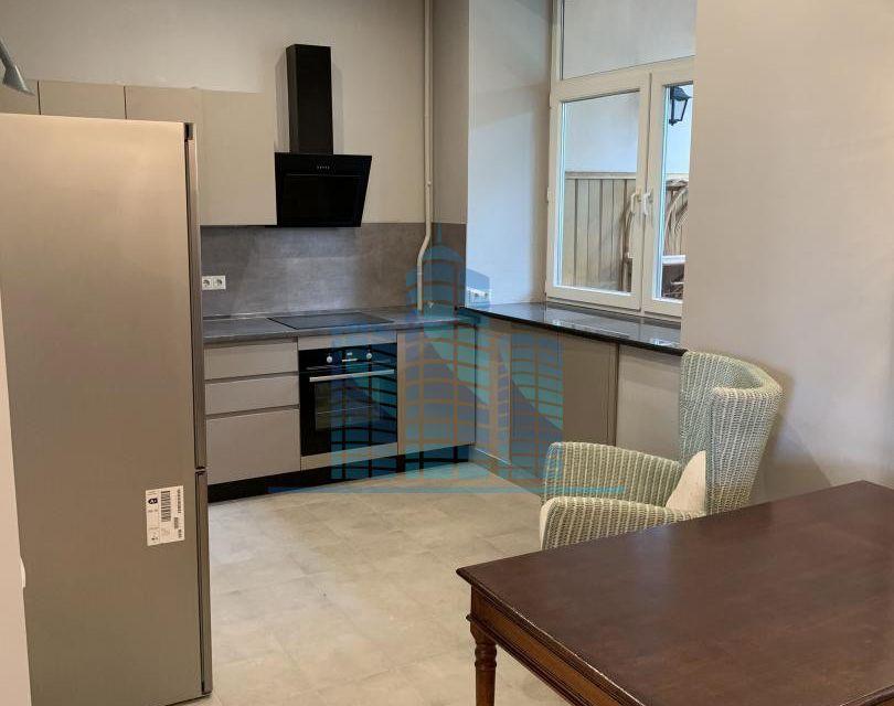 Продаётся 4-комнатная квартира, 106 м²