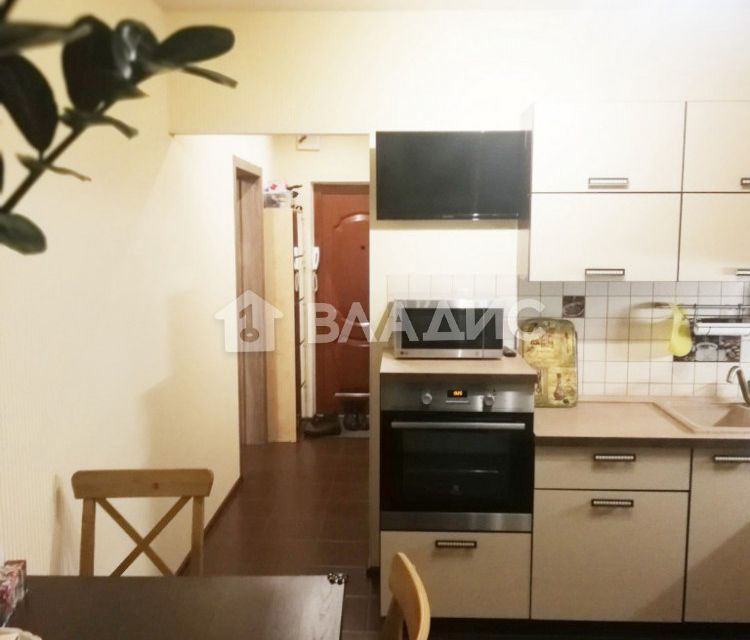 Продаётся 1-комнатная квартира, 37.6 м²