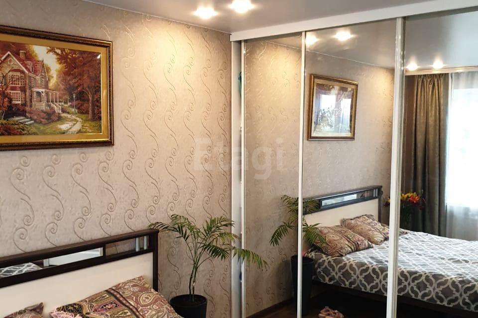 Продаётся 3-комнатная квартира, 56.5 м²