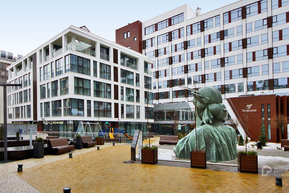 Продаётся 2-комнатная квартира, 76.7 м²