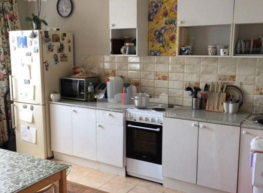 Продаётся 3-комнатная квартира, 74.8 м²