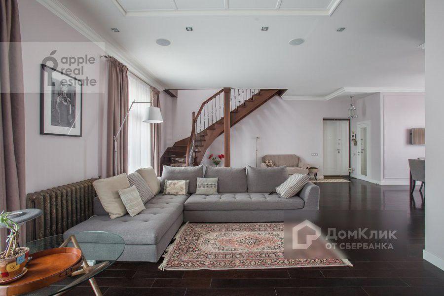 Продаётся 3-комнатная квартира, 158 м²