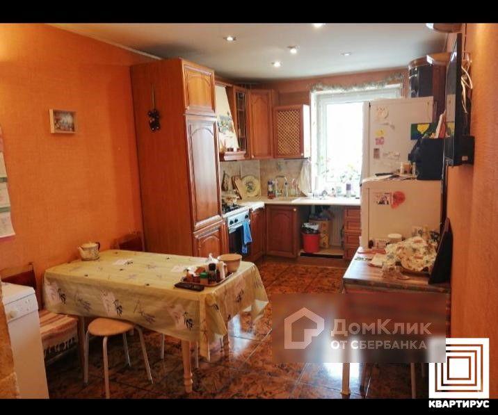 Продаётся 4-комнатная квартира, 101.3 м²