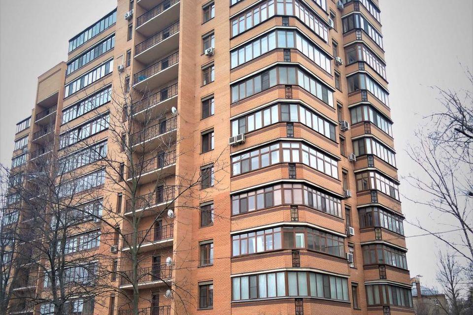 Продаётся 2-комнатная квартира, 103.3 м²
