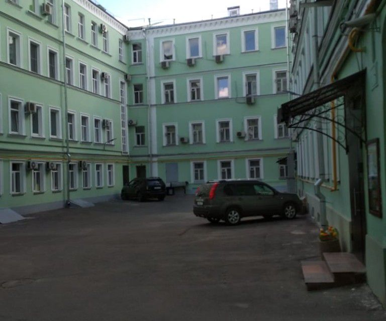 Продаётся 5-комнатная квартира, 111 м²