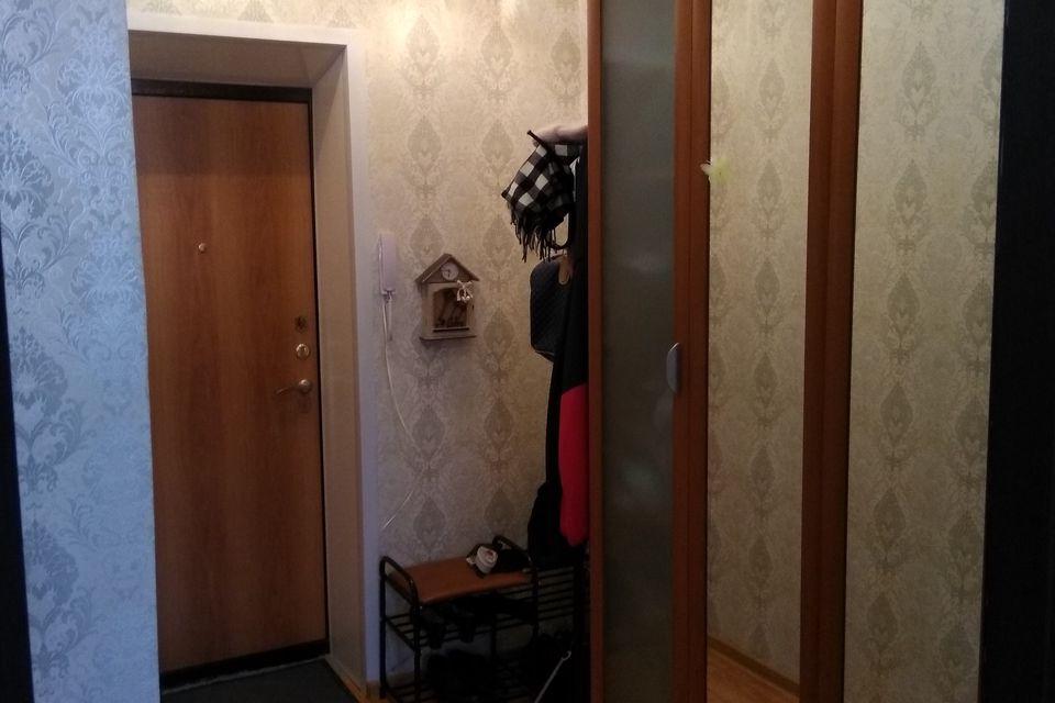 Продаётся 2-комнатная квартира, 42.3 м²