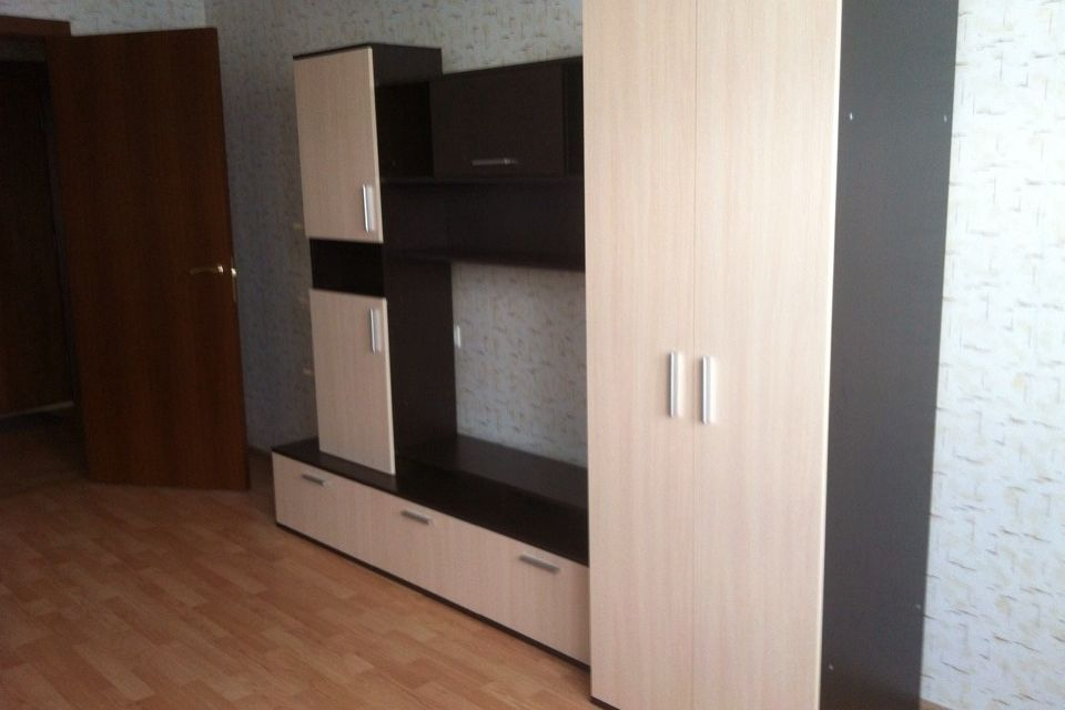 Продаётся 1-комнатная квартира, 41.5 м²