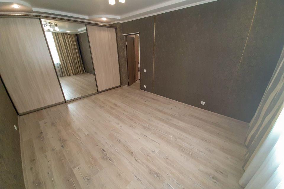 Продаётся 2-комнатная квартира, 56.6 м²