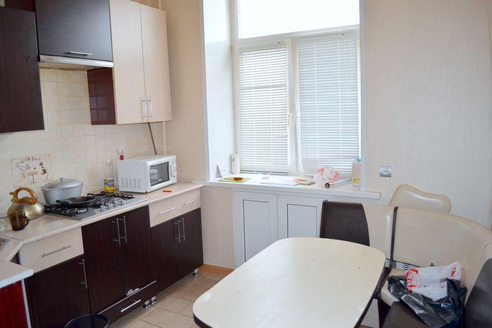 Продаётся 2-комнатная квартира, 58.6 м²