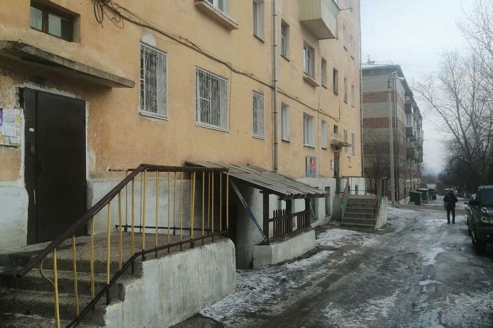 Продаётся 3-комнатная квартира, 54 м²